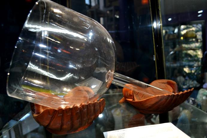 Lrg pcs - Singing Bowls - Handheld