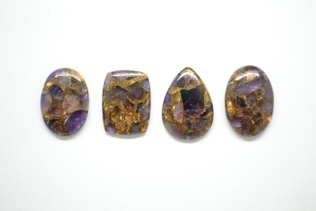 Amethyst-CABOCHONS-Mohave